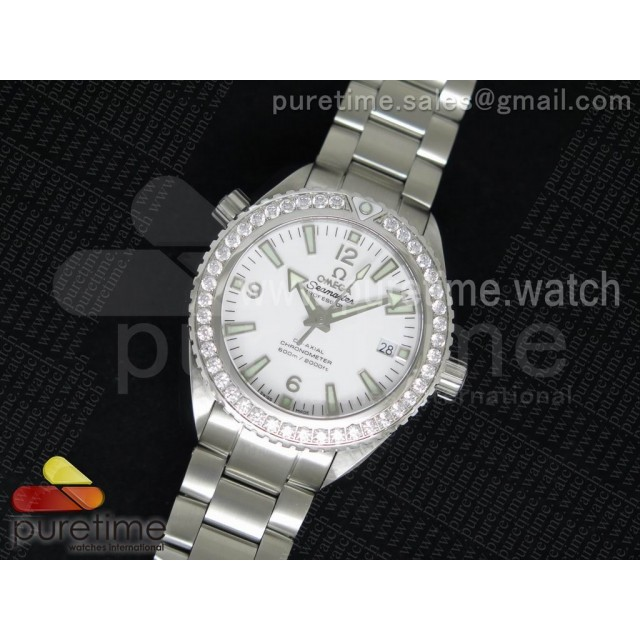 Planet Ocean SS V6F White Dial Diamonds Bezel on SS Bracelet A8500